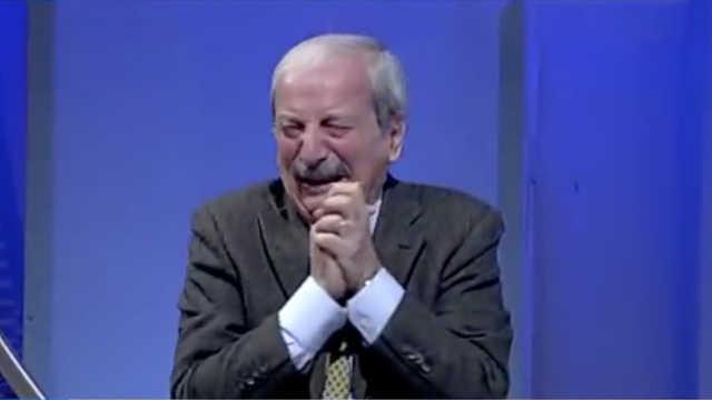 目睹AC米兰绝杀,76岁解说激动泪奔