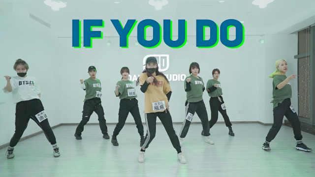 全女生舞团翻跳韩国男团舞蹈
