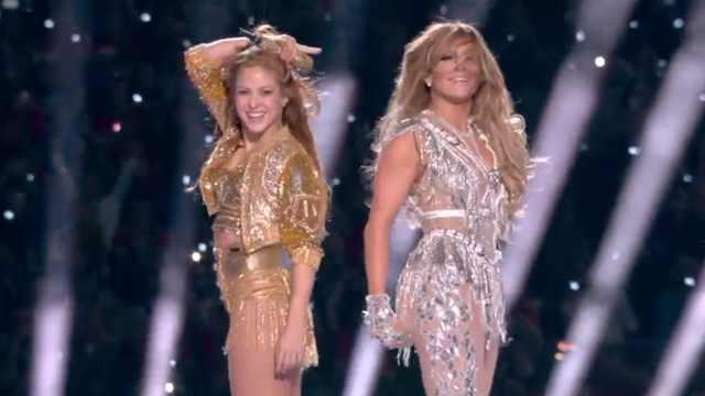 超级碗中场秀,夏奇拉J-Lo重演经典