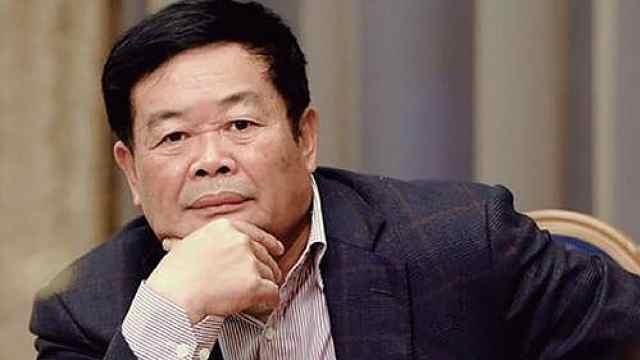 曹德旺回应捐1亿抗疫:买不到物资