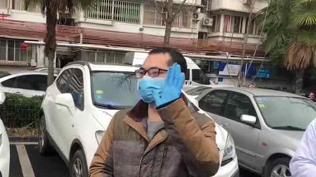 武汉新冠肺炎康复者首捐血浆