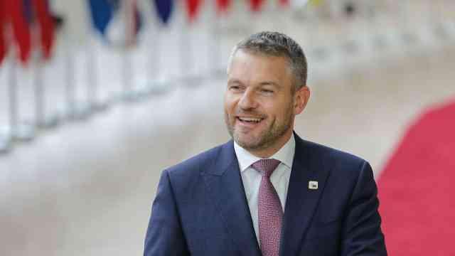 感染新冠肺炎?斯洛伐克总理辟谣