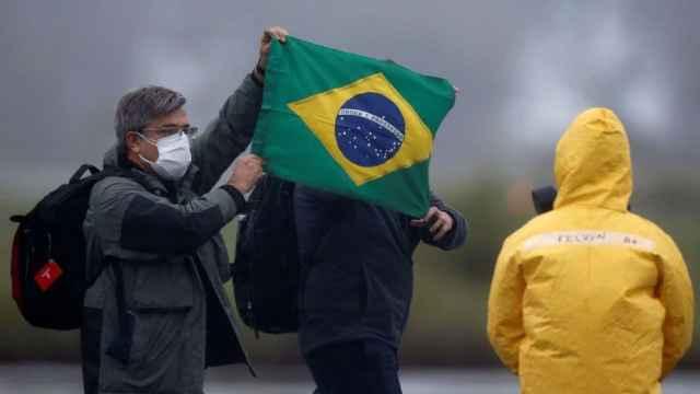 研究发现巴西新冠病毒存在三处突变
