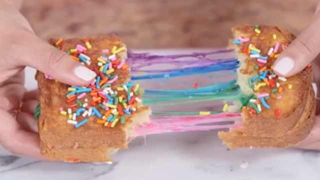 春天的味道!在家做出彩虹面包