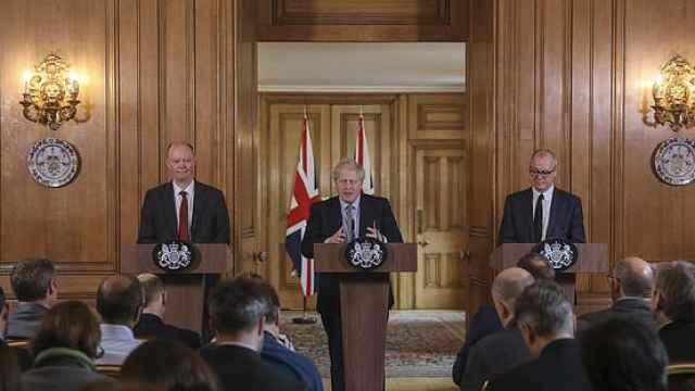 英政府做最坏打算:八成人恐感染