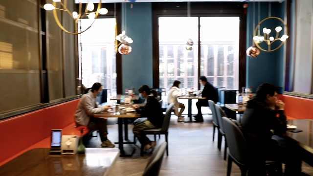 西安一餐馆试行堂食:6人以上不接待