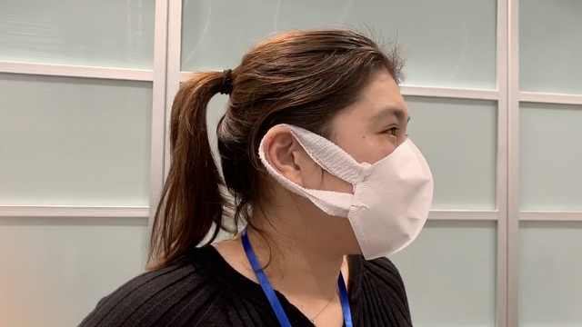口罩断货严重!东京民众用咖啡滤纸自制口罩:总比没有好