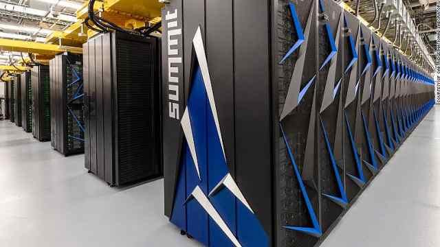 世界最快超级计算机找到77个化学物质,可阻止新冠病毒传播