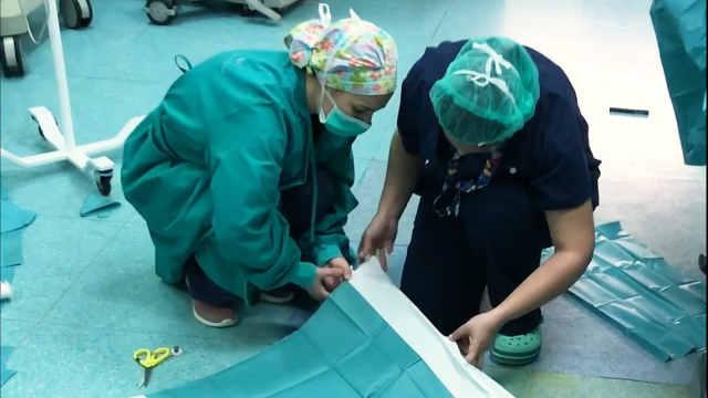 1万2千人感染!西班牙遭隔离医护人员求助:我们变成神风特工队