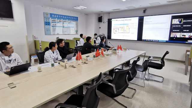 中国专家与加拿大60余同行视频分享抗疫经验:建发热追踪系统