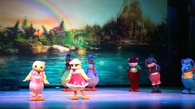 儿童剧《丑小鸭》第五集:丑小鸭终凤凰涅槃变身白天鹅