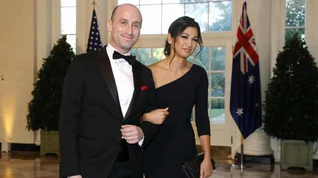 美国副总统美女助手确诊新冠,丈夫是特朗普高级顾问