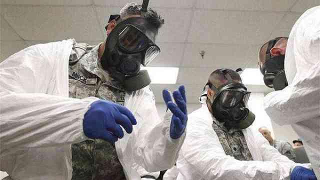 谈埃色变!回顾埃博拉病毒如何登陆美国