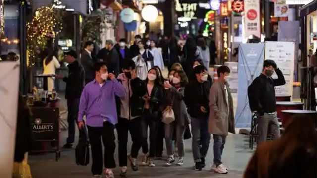 梨泰院夜店爆聚集性传播,首尔紧急关闭所有酒吧夜总会