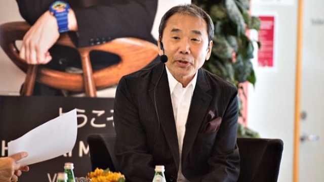村上春树将为抗疫主持特别电台节目,呼吁日本民众待在家中
