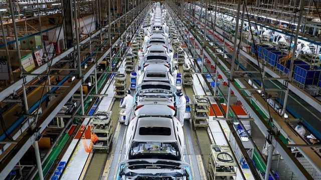 4月中国汽车产量210.2万辆,21个月来首次正增长