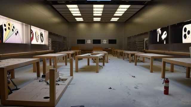 苹果多家零售店被洗劫一空,刚刚重启的门店又关闭了