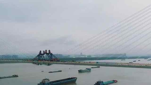"""南京长江五桥本月将合龙,拟叫""""江心洲长江大桥"""""""