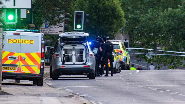 英国雷丁持刀砍人至少3人死亡,此前刚举行完反