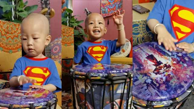 2岁男童打非洲鼓节奏超强,爸爸:已经能为家里挣钱