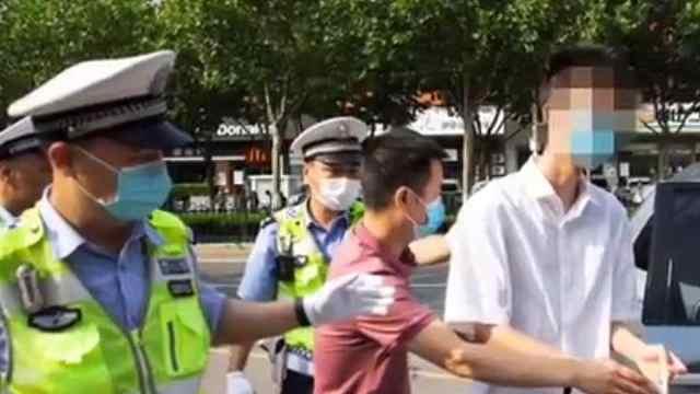高考前肺泡破裂,18岁南京少年插管带瓶参加高考