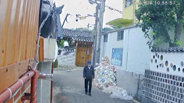 首尔市长生前最后监控画面曝光:戴帽子背书包独自进入公园