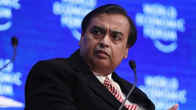 印度首富身价超越巴菲特!成全球前十富豪唯一亚洲人