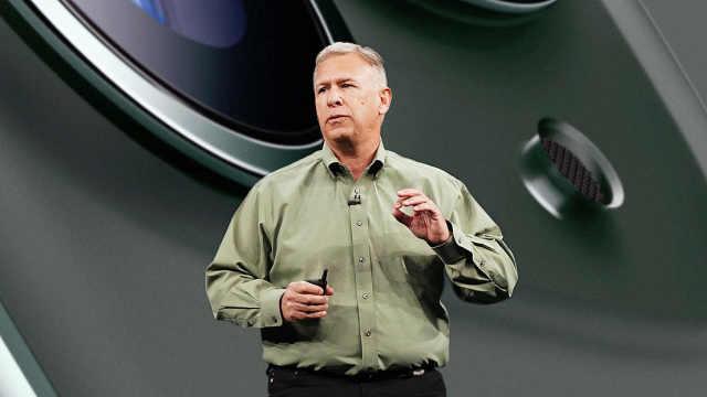 苹果全球营销高级副总裁卸任,多年发布会讲解iPhone
