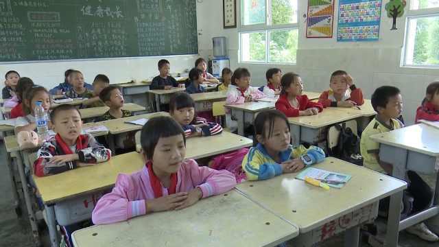夏季气温仅20多度,贵州这10所学校8月就开学,寒