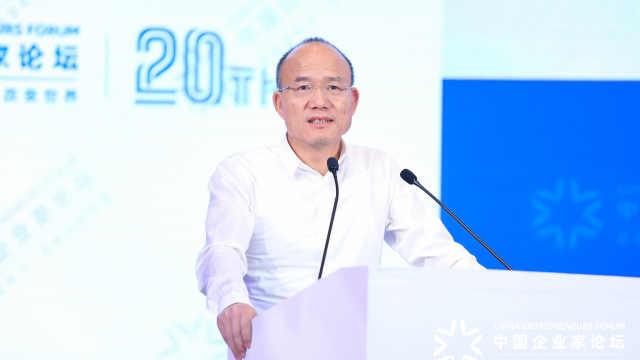 郭广昌:现在企业家都必须是好演员,年纪越大越说自己年轻