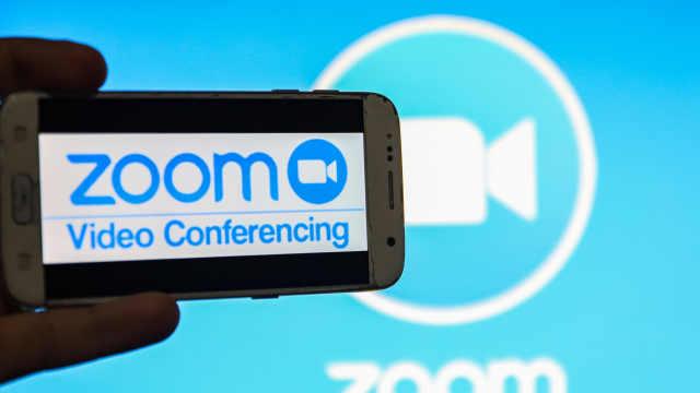 Zoom股价大涨市值超I*M,CEO袁征身价一夜暴增66亿美元