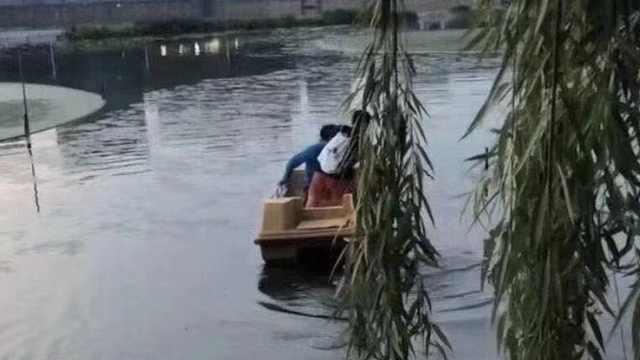 武汉一高校封闭管理学生乘船出校后:停电停水解除门禁一天