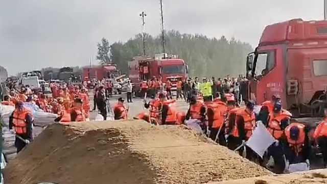 长春国堤决口安全转移2800余人,学校改为安置点接收灾民