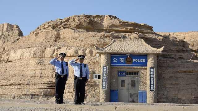 大漠深处藏全国唯一窑洞派出所,民警坚守23年救回21条生命