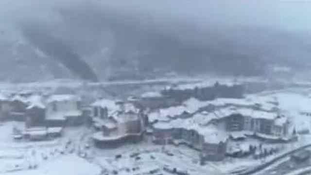 坐京张高铁冬奥专线,一起来打卡网红滑雪小镇