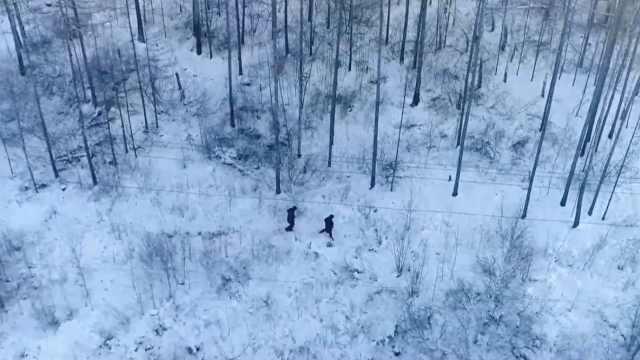 这里堪称中国北极,雪抓起来可以直接吃