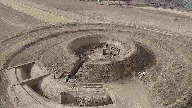 内蒙古发掘1500多年前北魏皇帝祭天遗址,时代比天坛更早