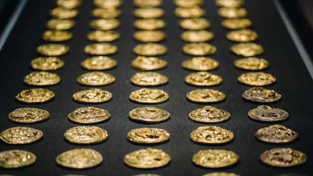 180秒看海昏侯墓十大珍宝:马蹄金、铜火锅、百万枚五铢钱…
