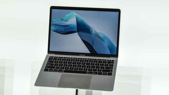 苹果研发新款MacBook Air:更轻薄,配MagSafe