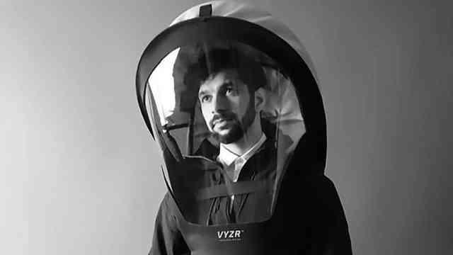 这款防护装备,穿起来像宇航员,效果远超口罩!