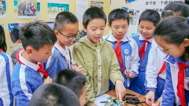 """好好学习 打破学科壁垒,深圳这所学校""""让每个学生都出彩"""""""