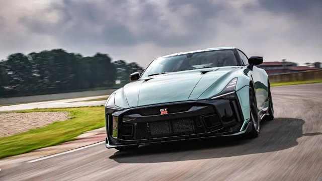 日产或将推出混动版GT`-R,战神要带电了?