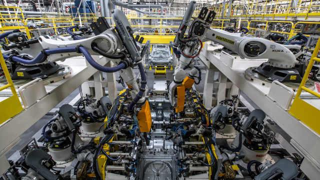 机器人比工人还多的工厂,你见过吗?
