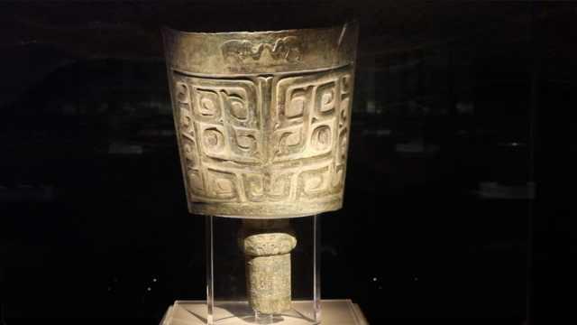 中国出土的最大青铜乐器长啥样?这位四羊方尊的邻居也不简单