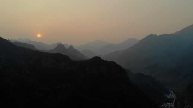 北京第一缕阳光诞生地!鸡鸣四县,迈一步跨省