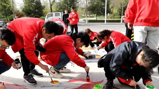 庆阳这所大学的井盖遇上了创意涂鸦!颜值太高啦!