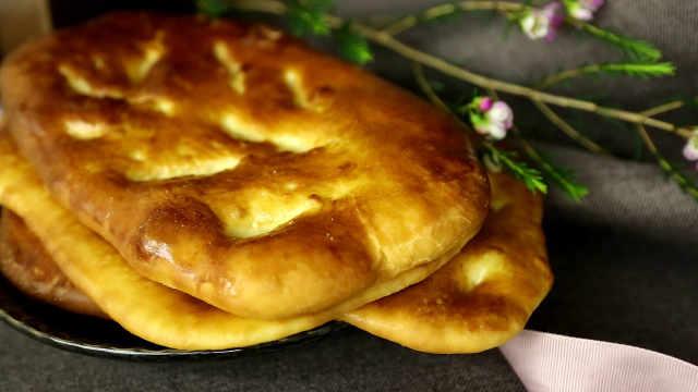 蓬普油烤饼:日常口粮,能搭各类果酱