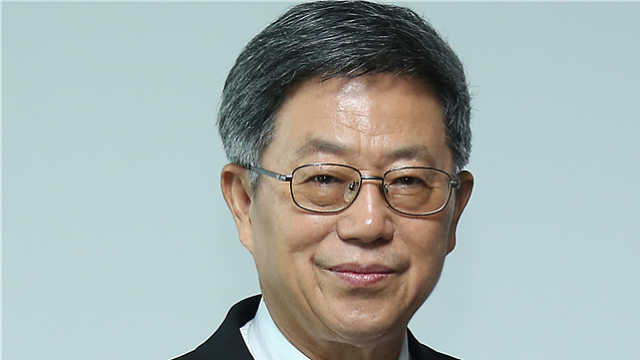迟福林:未来中国的改革开放靠青年人