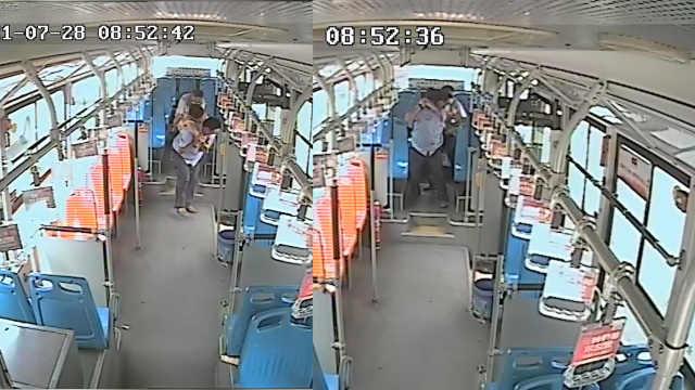 女子公交车上突发病,司机一系列举动太暖心