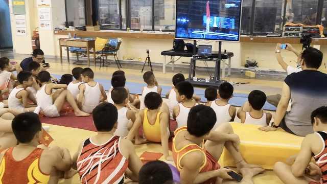 邹敬园东京奥运双杠获最高分,教练看直播摇头:没有达到目标